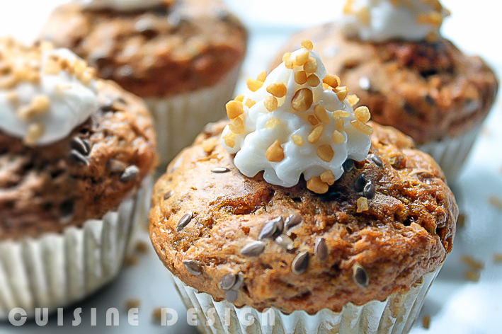 Crunchy muffins with linseed
