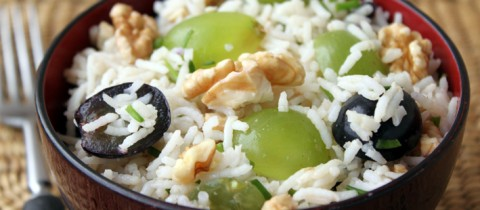 Grape and walnut rice